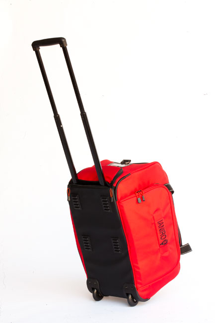 Los G Kits Open AC/DC van con esta bolsa acolchada con ruedas