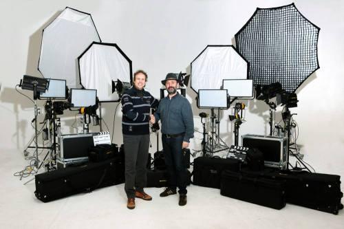 Jordi Blancafort y Alfons Grau en la entrega del equipo dedolight
