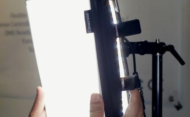 El Flexible con su mini caja de luz